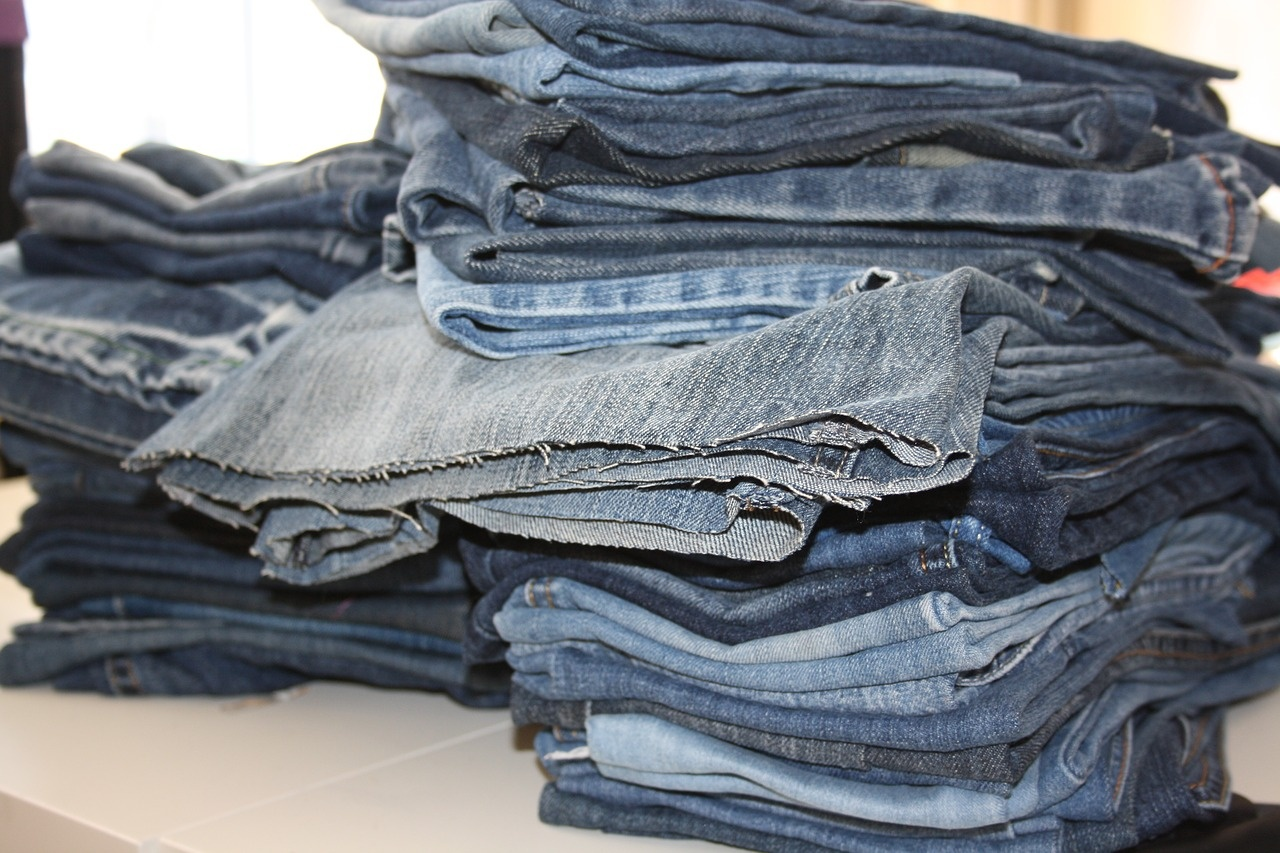 old jeans 3589262 1280