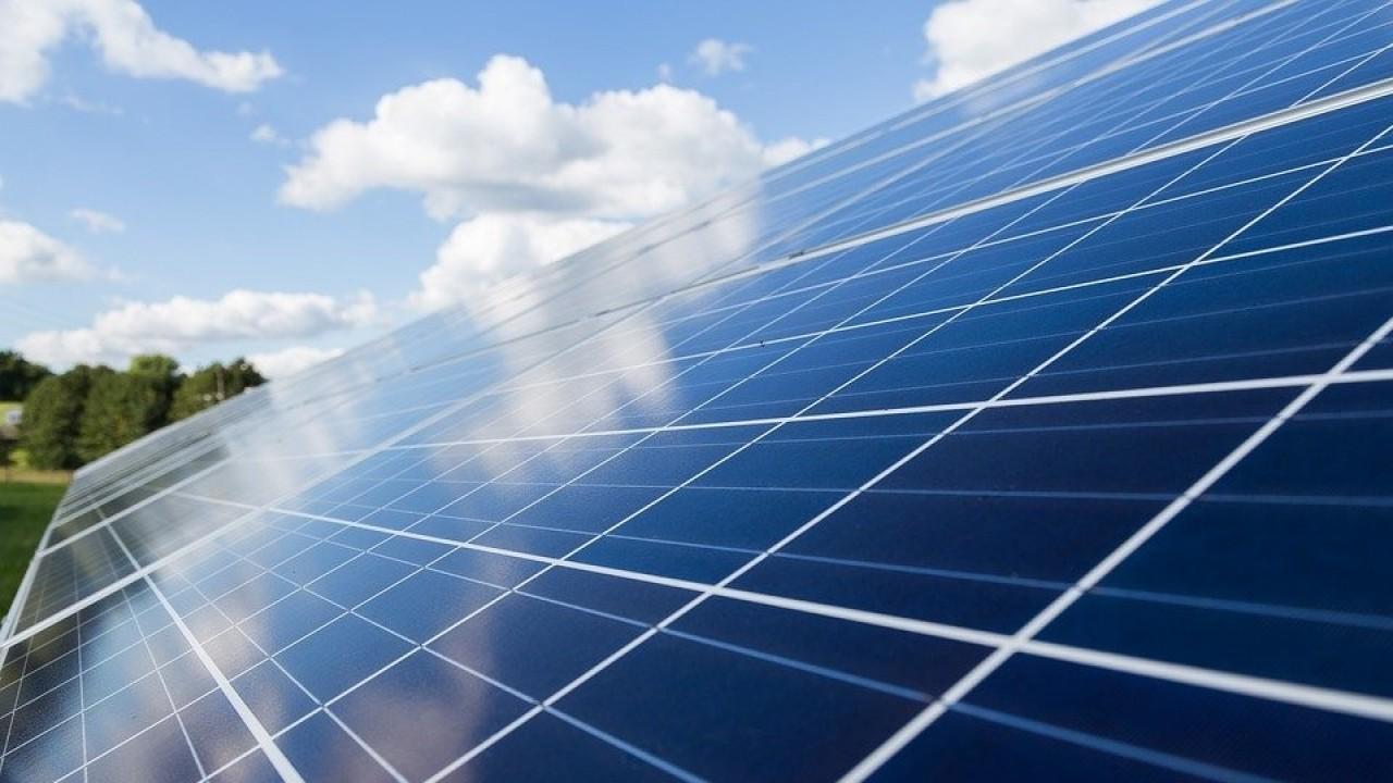 """Elettricità: ARERA semplifica le rinnovabili """"fai da te"""""""